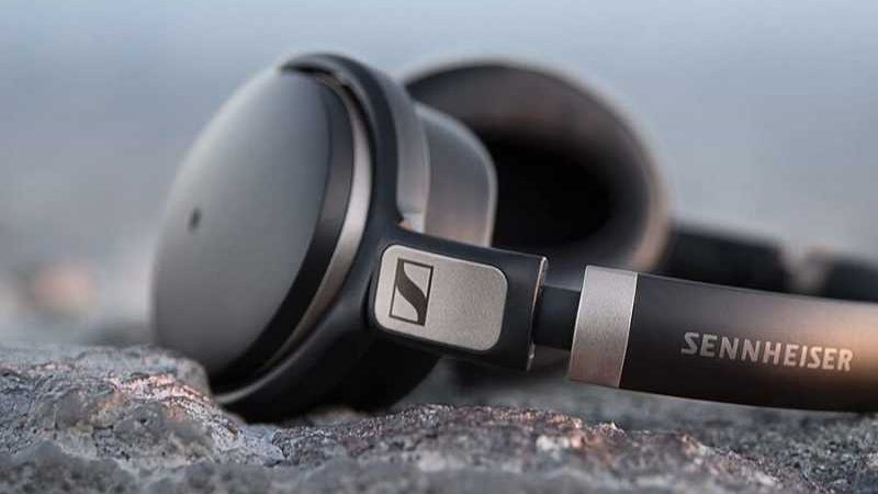 Best Bluetooth Headphones Under £200