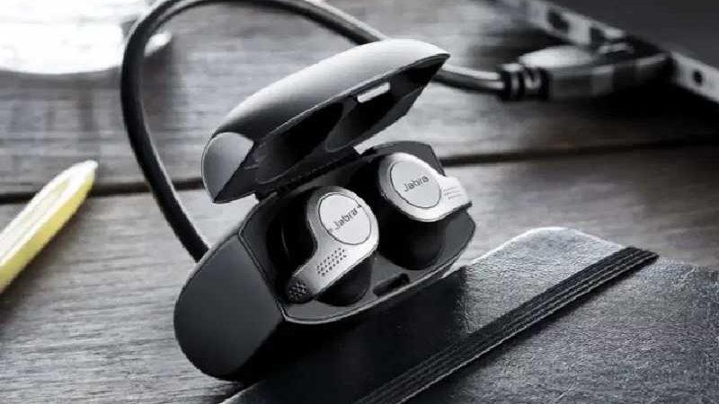 Wireless Headphones Under £200